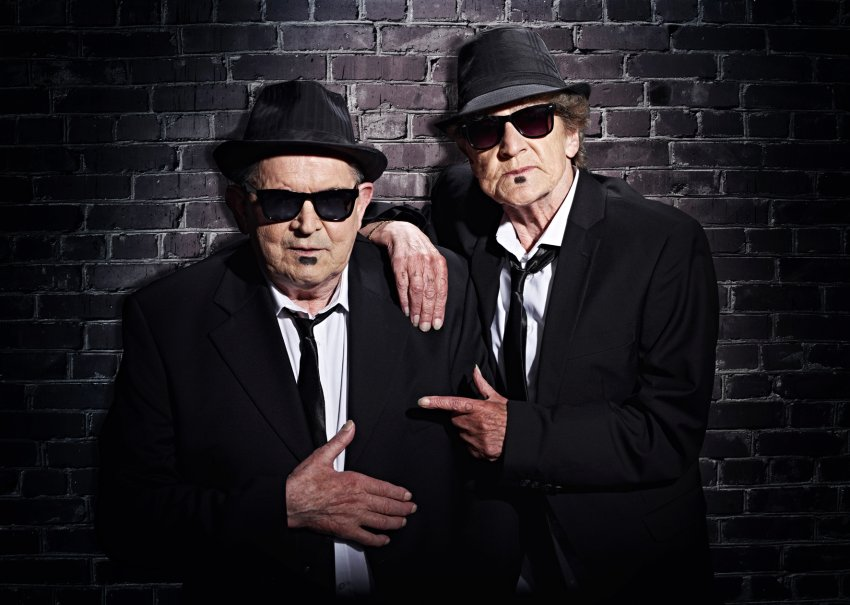 Blues Brothers Margarete Schmidt (r.), 77, und Lothar Wischnewski 76