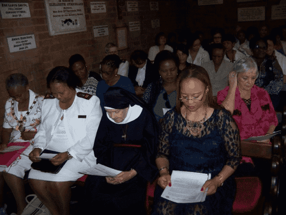 Nursing dignitaries attending a Henrietta Stockdale Memorial lecture in the Henrietta Stockdale Chapel via www.sanhf.com