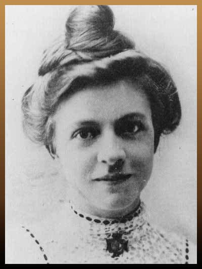 Nurse Clara Louise Maass